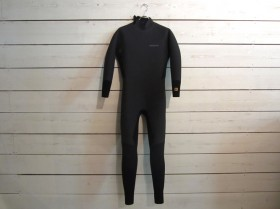 patagonia_wetsuits_backzip0011